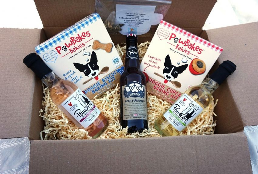 DOG PARTY PACK GIFT HAMPER WITH TEA WINE BEER CUPCAKE & COOKIE KITS FOR DOGS